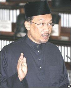 Tempat+ibadah+agama+islam+di+indonesia