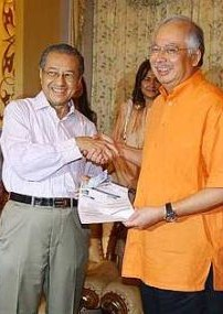 tun-dr-mahathir-back as UMNO member