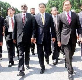 Anwar Ibrahim and his cohort