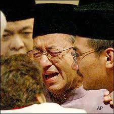 mahathir-in-tears