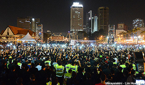 At Dataran Merdeka--Price Hikes Protest -31-12-13