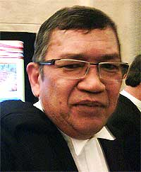 Do Justice By Prosecution And Not Persecution Din Merican The Malaysian Dj Blogger