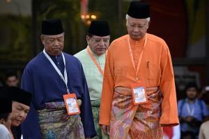 Najib and his gang
