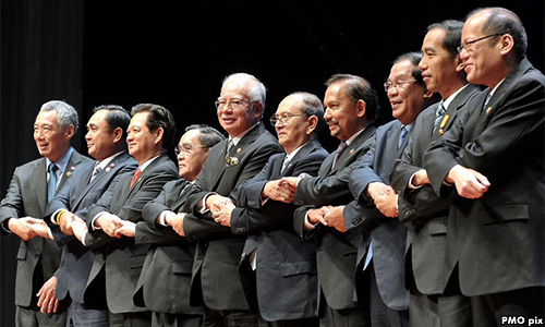 Leaders at ASEAN Sunnit 2015