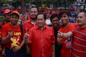 Ahmad Maslan at Red Shirt event