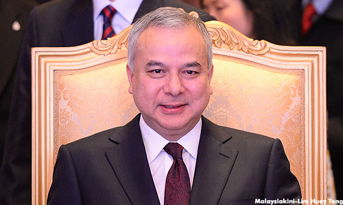 Image result for Pic Of Sultan Nazrin Perak